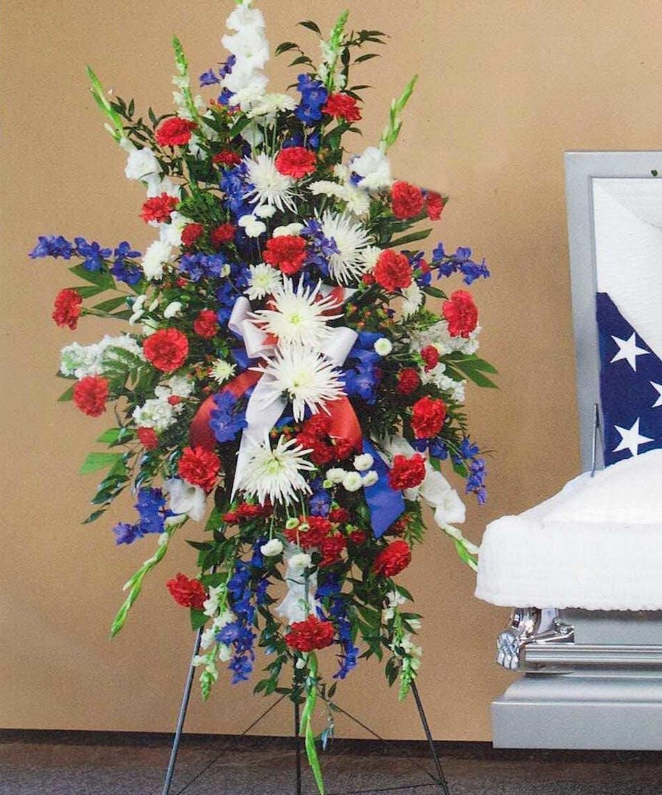 Patriotic memorial funeral standing spray at beneva izmirmasajfo