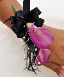 Double Mini Calla Wristlet