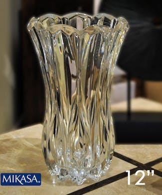 """""""Mikasa"""" Blossom Vase"""